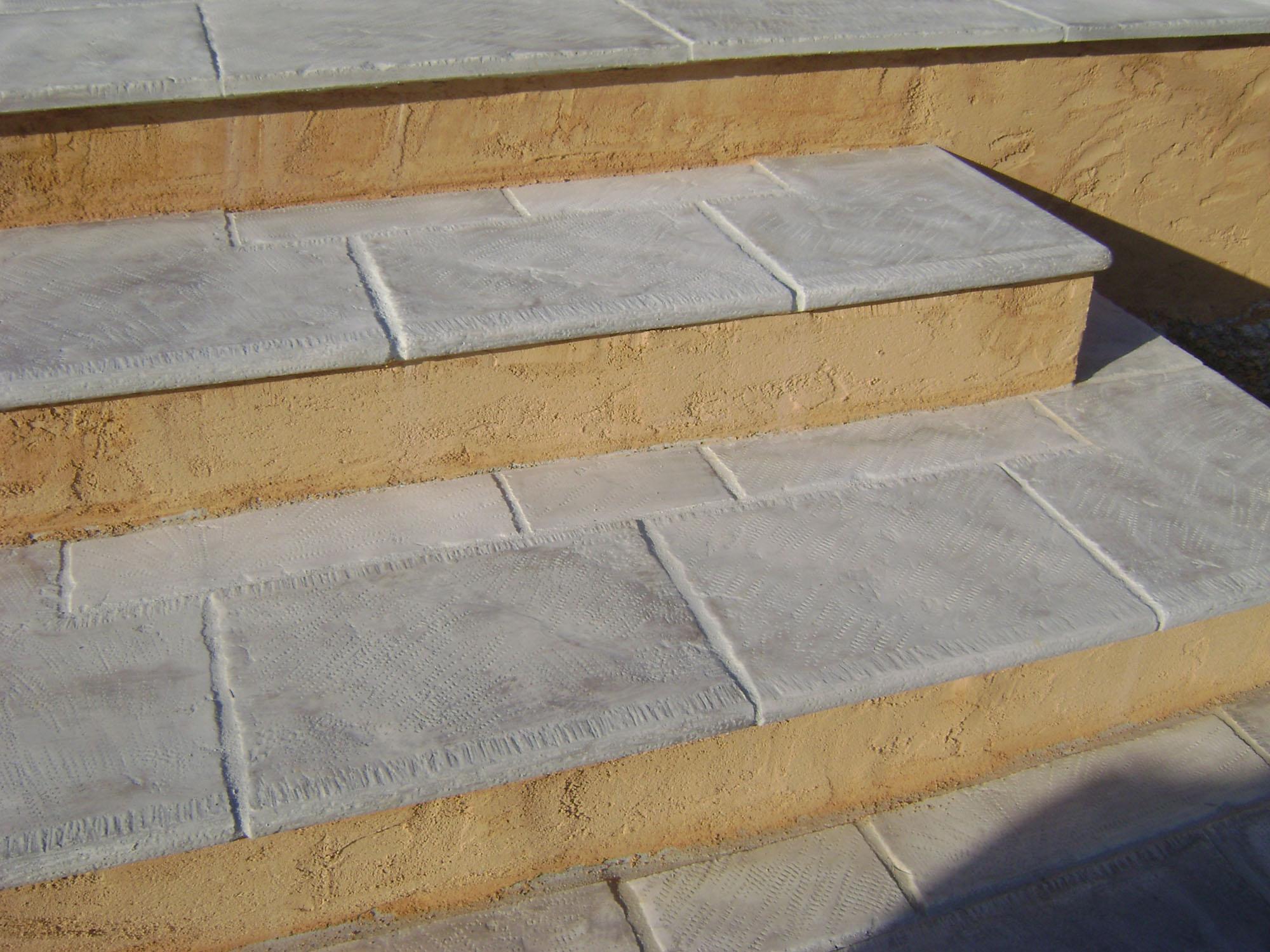 Dallage ext rieur terrasse et plage de piscine toulon var for Dallage pierre exterieur