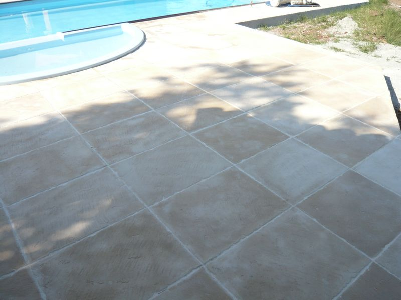 Carrelage design carrelage ton pierre moderne design for Joint carrelage piscine