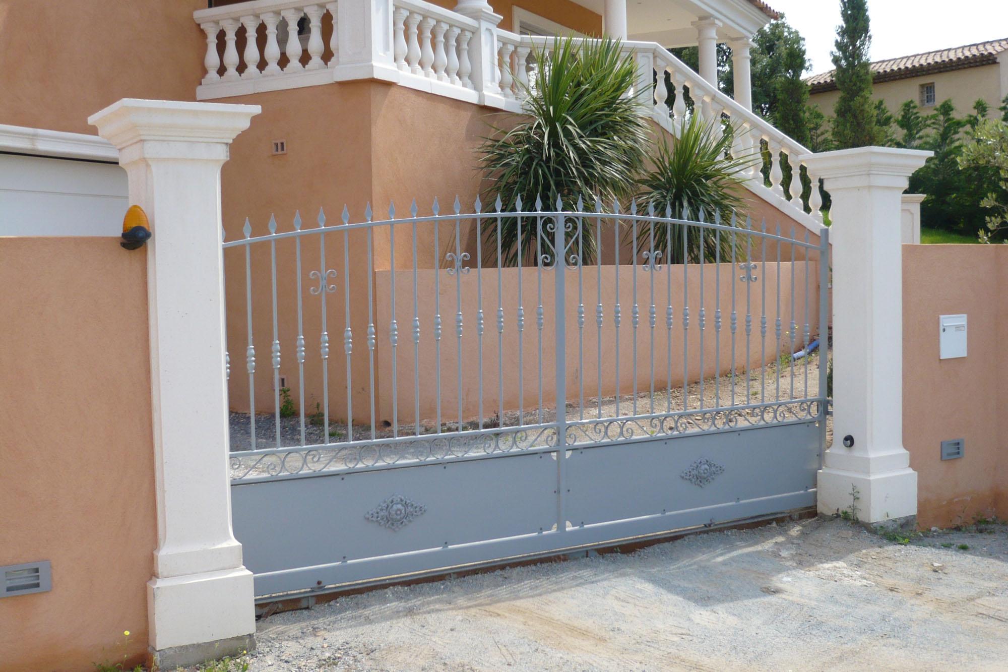 Habiller Un Pilier En Beton pilier de portail ramatuelle blanc aix-en-provence
